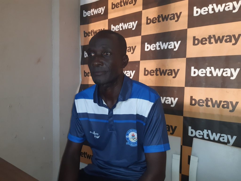 Great Olympics coach Prince Koffie praises AshantiGold SC