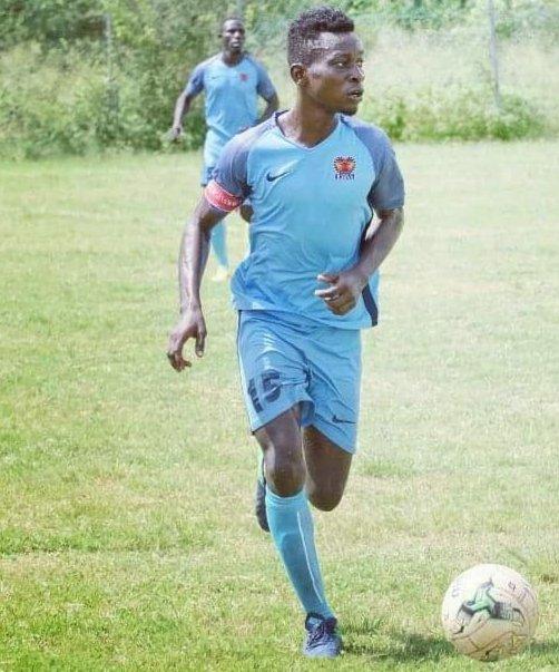 AshantiGold SC snap up versatile Frank Akoto