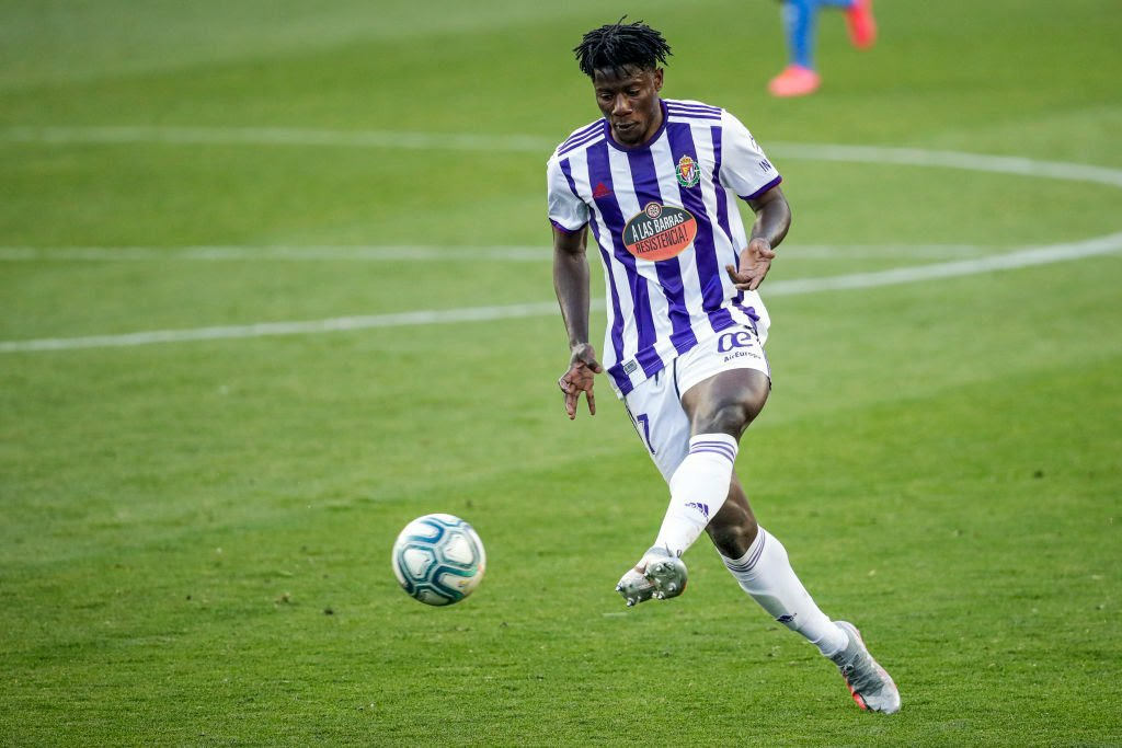Mohammed Salisu flies to England to complete Southampton FC move - Reports