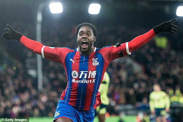 BREAKING NEWS: Jeffrey Schlupp extends contract with Crystal Palace FC