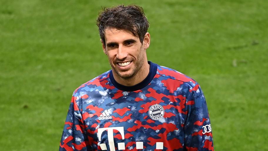 Javi Martinez appears to sign for Qatar Sports Club following Bayern Munich exit