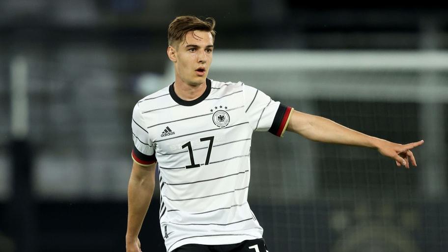Liverpool cool transfer interest in Florian Neuhaus