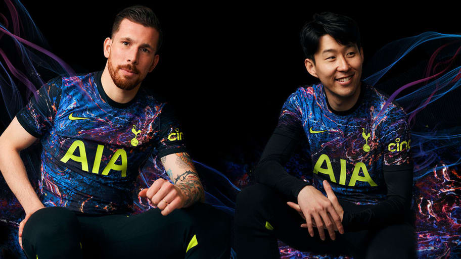 Tottenham unveil new Nike away kit for 2021/22 season