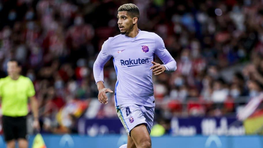 Ronald Araujo suffers hamstring injury with Uruguay